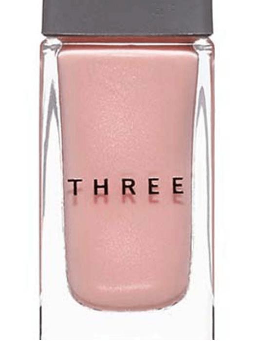 three『ネイルポリッシュ』『98 CONSTANCE』