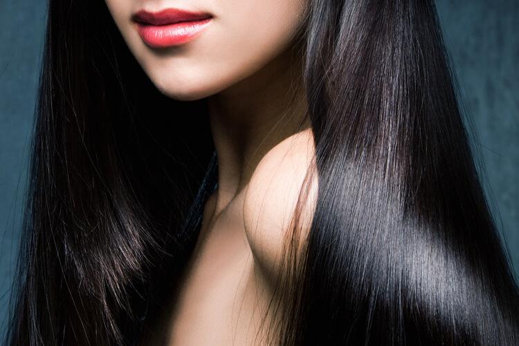 黒髪美髪美女