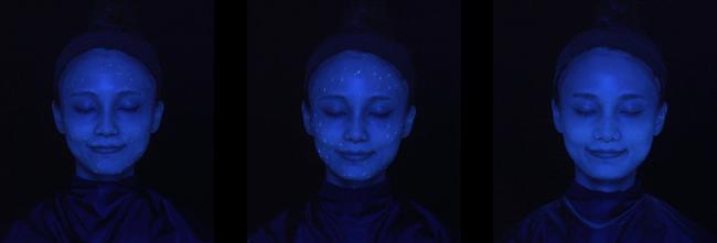 化粧水の手塗り・コットン・化粧水ミストの浸透比較実験画像