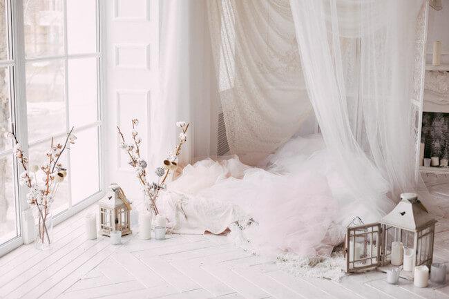 白い冬の部屋