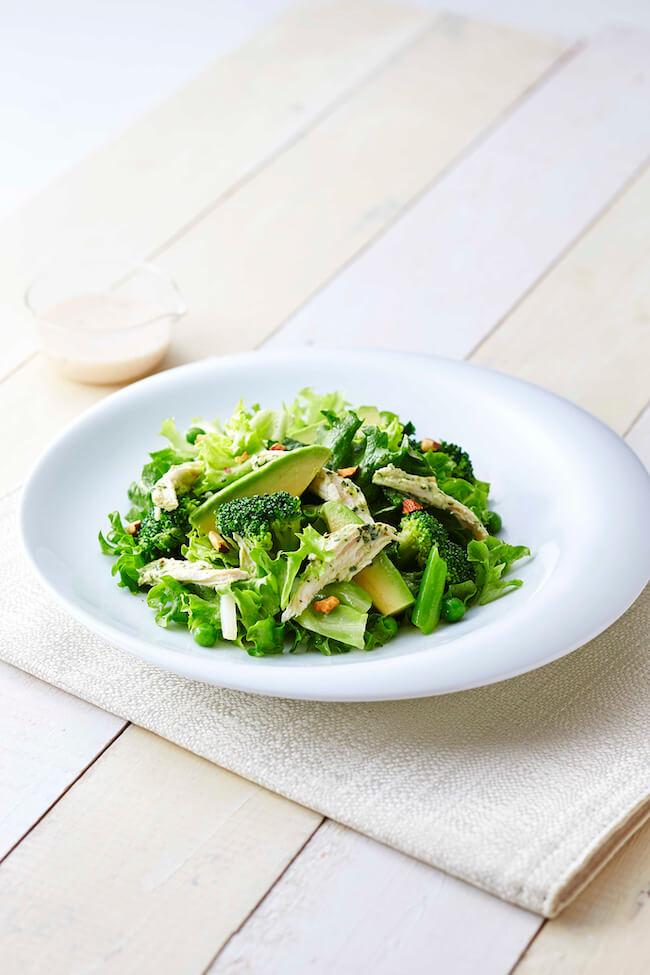 RF1『アボカドとハーブチキンのグリーンサラダ』