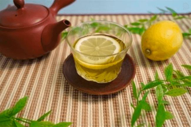 最強ドリンク「レモン緑茶」