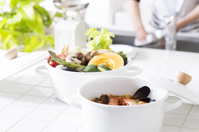 キッチン 鍋 食材